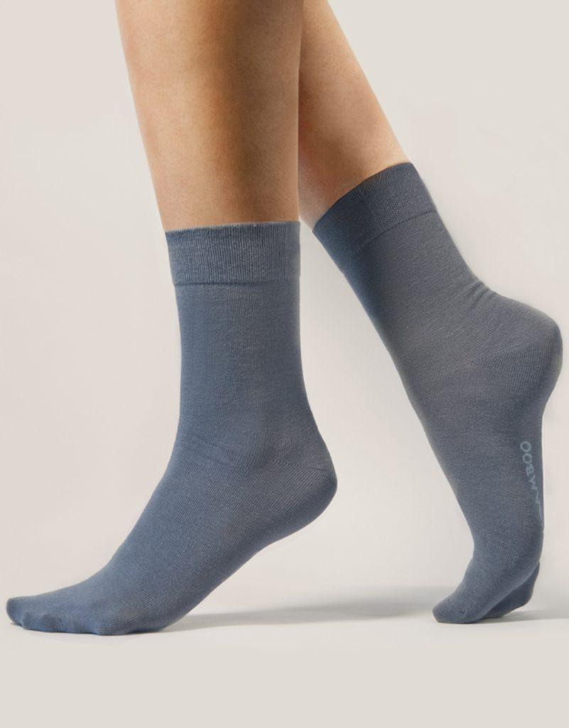 GINA dámské ponožky klasické, bezešvé, jednobarevné Bambusové ponožky 82000P - tm. šedá - 44/47
