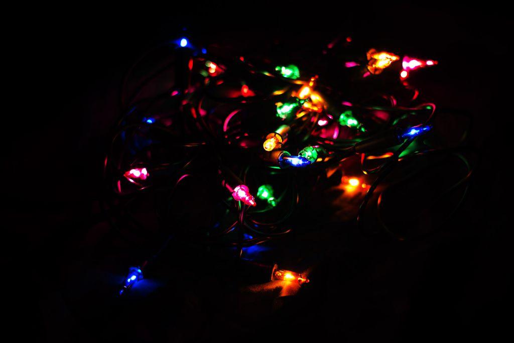 Vánoční světelný řetěz - 20 MINI žárovek - barevné - 4,35 m