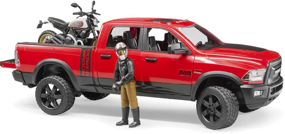 BRUDER 02502 Auto RAM set s motoycklem Scrambler Ducati Desert a figurkou