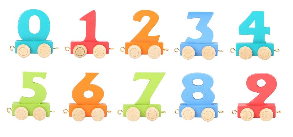 Vagónek dřevěné vláčkodráhy - barevné číslice - číslo 9