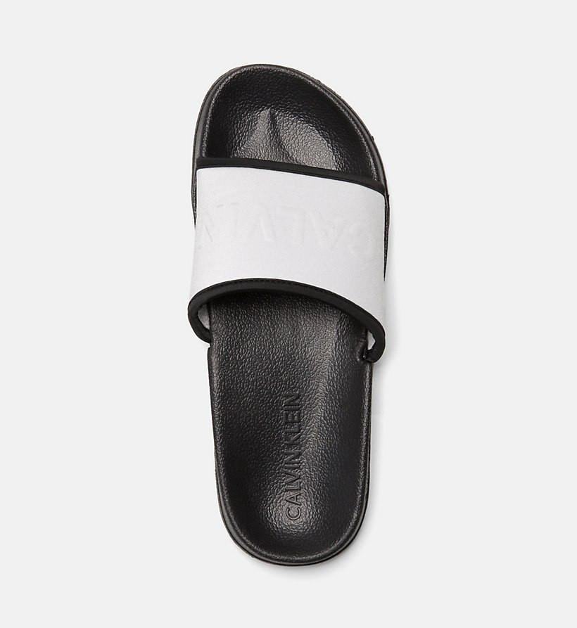 Pantofle KW0KW00514-091 stříbrná - Calvin Klein - Stříbrná/37/38