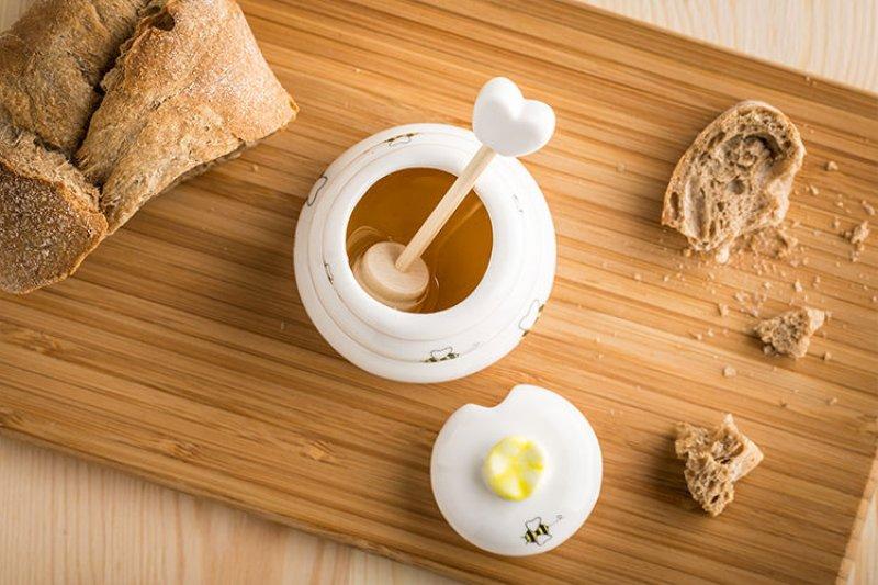 Hrneček na med s dřevěným dávkovačem