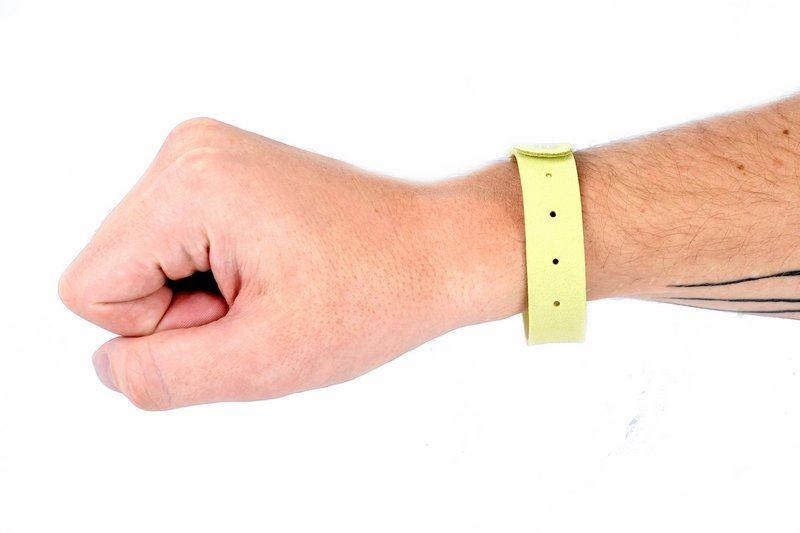 Repelentní náramky - žluté