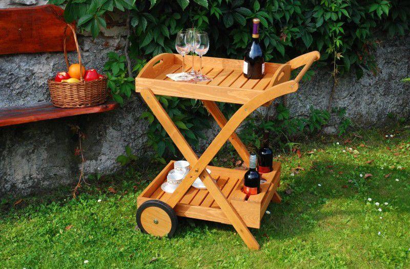 Elegantní servírovací stolek s kolečky