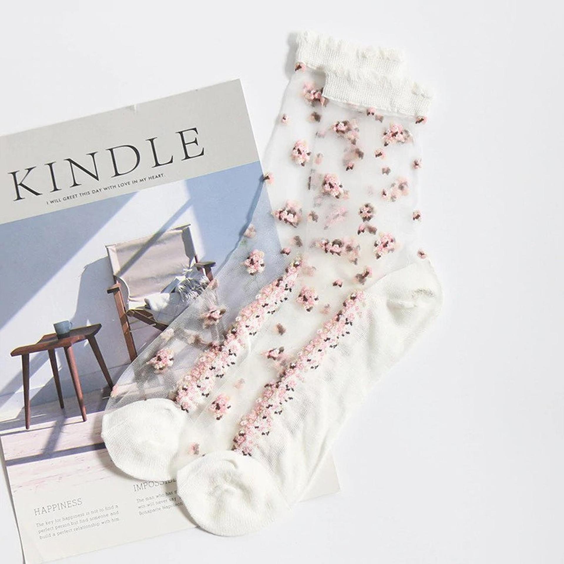 Průhledné ponožky s květy - bílé