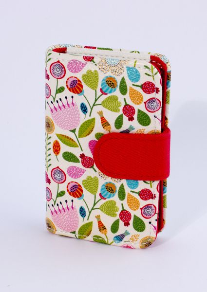 ALBI - Designová manikúra s barevnými květy