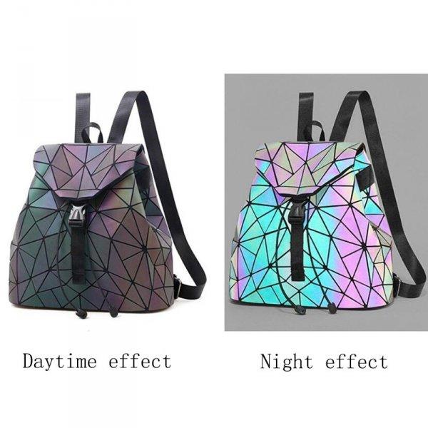 Geometrický světelný batoh