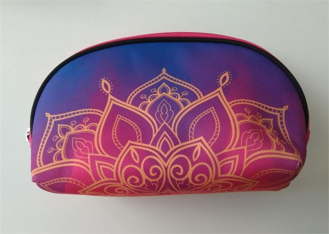 Oválná kosmetická pouzdra - Taštička - Mandala