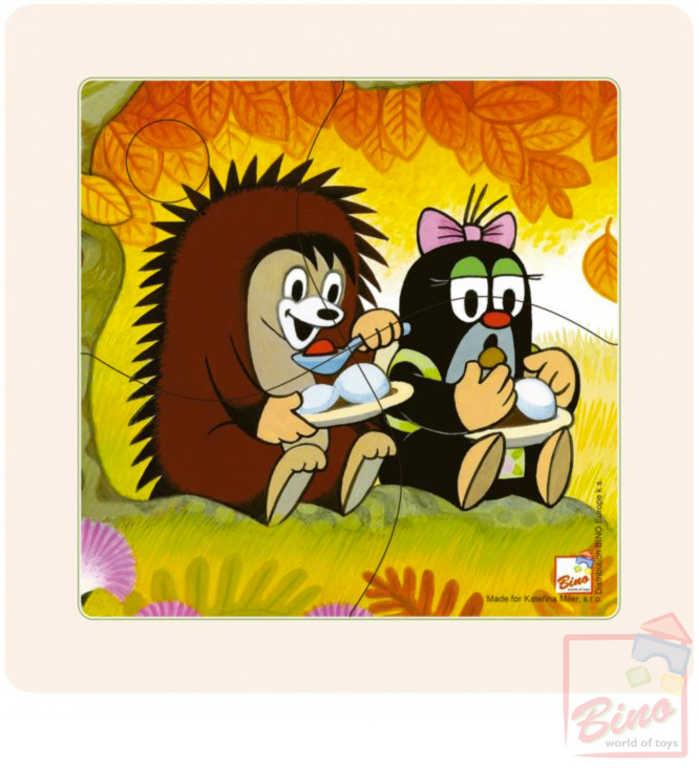 BINO DŘEVO Baby puzzle v rámečku Krtek 12x12cm paní Krtečková a ježek 4 dílky