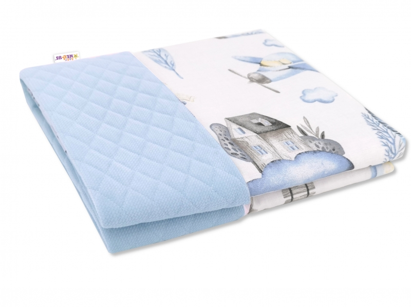 baby-nellys-oboustranna-prosivana-deka-bavlna-velvet-100x70cm-vlacek-modra