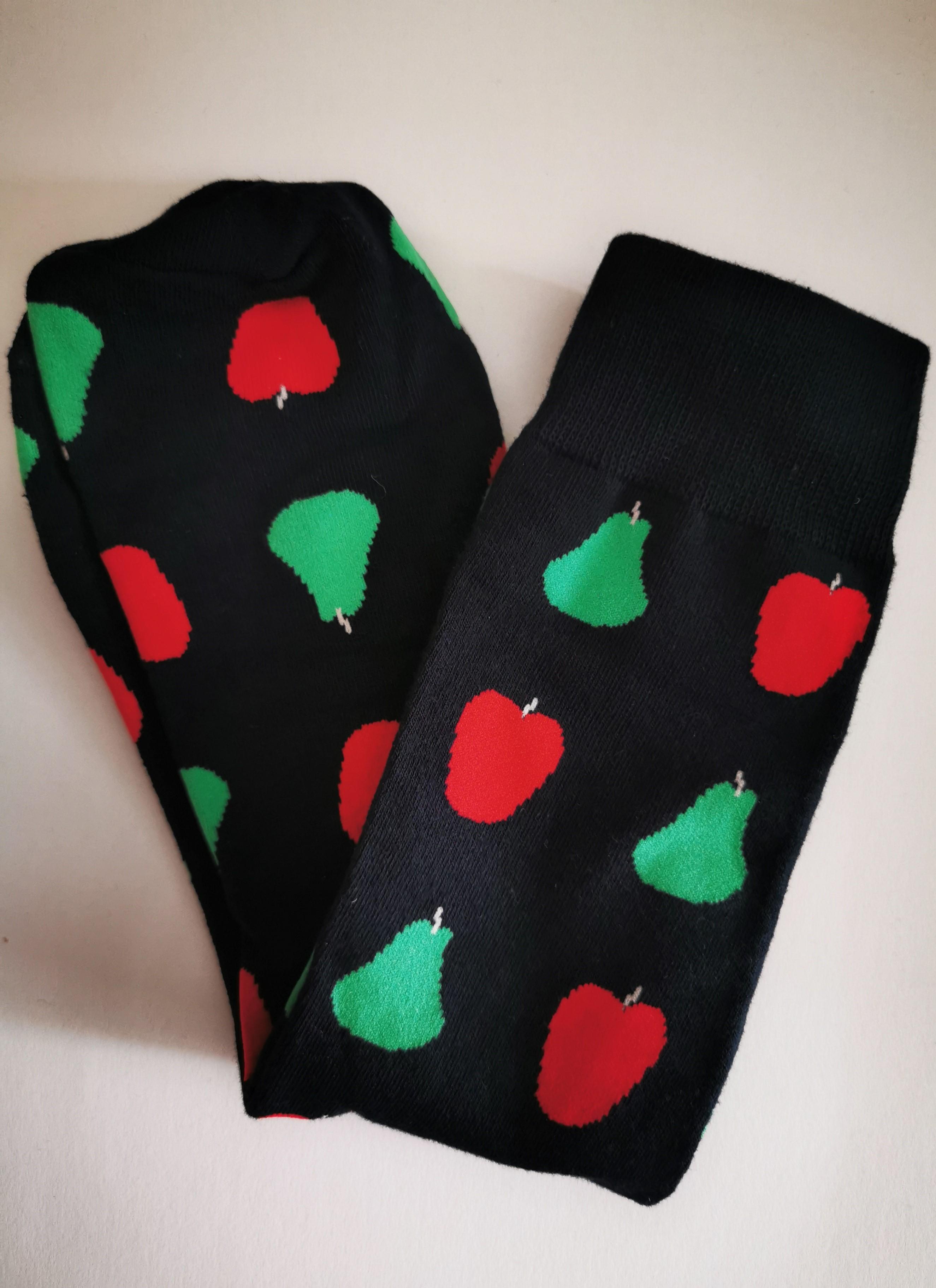 Ovocné ponožky - Černé s jablky a hruškami