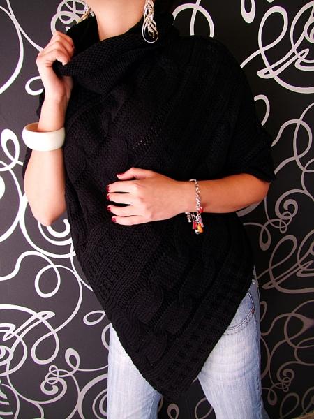 Pletené pončo - černá