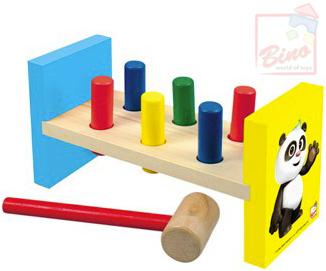 BINO DŘEVO Baby zatloukačka (Krteček) Krtek a Panda 6 kollíků