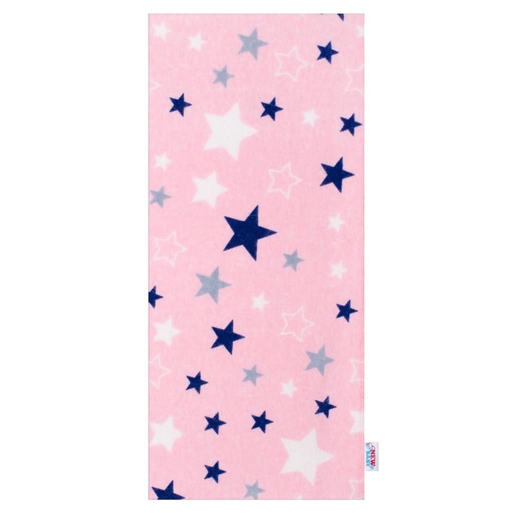 Flanelová plena s potiskem New Baby s modrými hvězdičkami - růžová