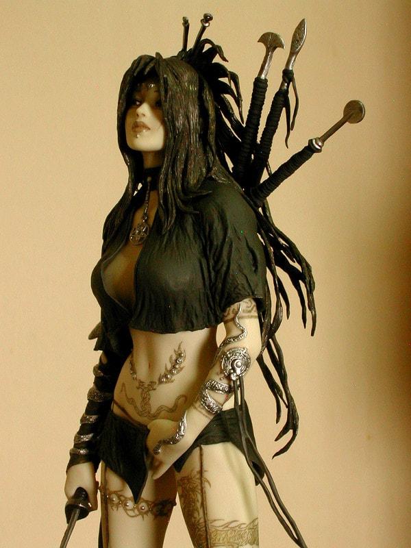 MEDUSA'S GAZE - Fantasy Figure Gallery - Luis Royo & Shungo Yazawa