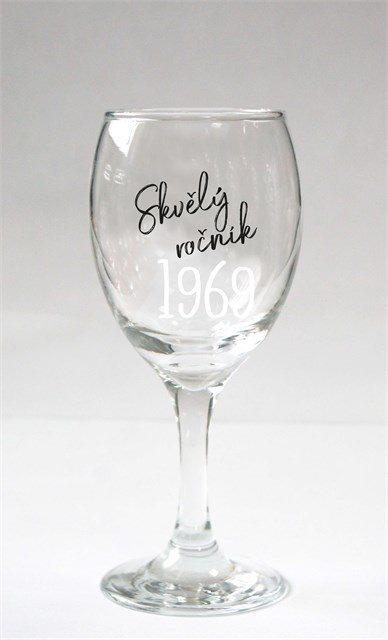 - Sklenice na víno - 1969