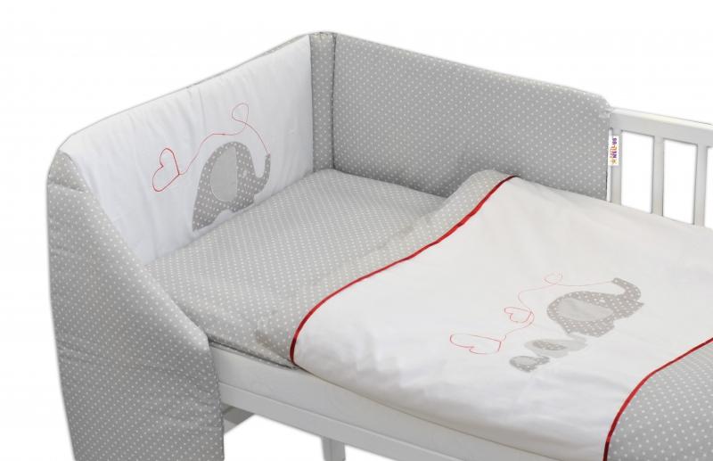 mantinel-s-povlecenim-baby-nellys-slonici-se-srdickem-135x100