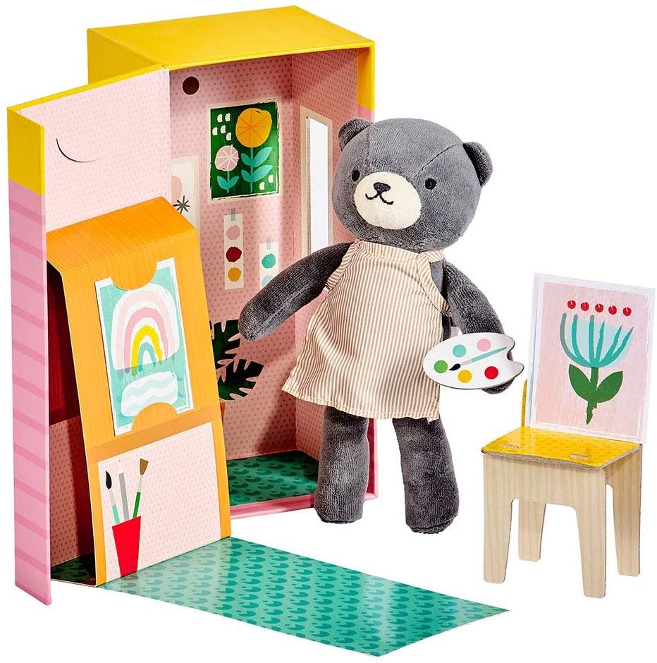 Petitcollage Plyšová medvědice v malířském studiu