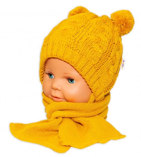 BABY NELLYS Zimní pletená čepička s šálou Mimi Bear - hořčicová s bambulkami - 34/36 čepičky obvod