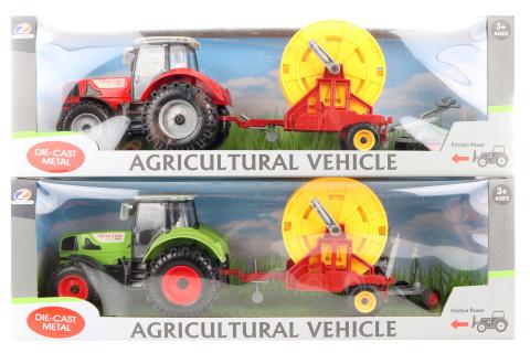 Traktor s přepravníkem kabelových cívek