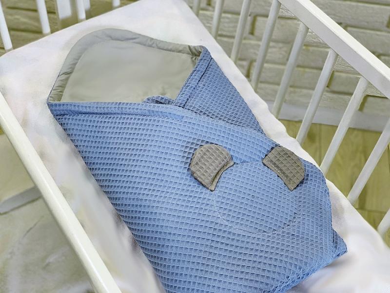 baby-nellys-luxusni-zavinovacka-vaflova-medvidek-75-x-75cm-modra