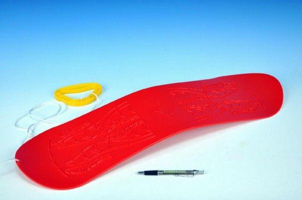 Plastový snowboard