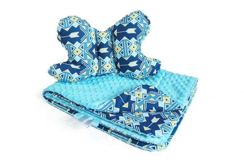 baby-nellys-2-dilna-sada-do-kocarku-s-minky-s-motylkem-geometrie-minky-sv-modra