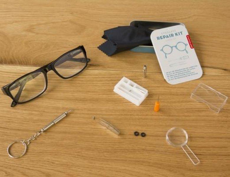 Set na opravu brýlí