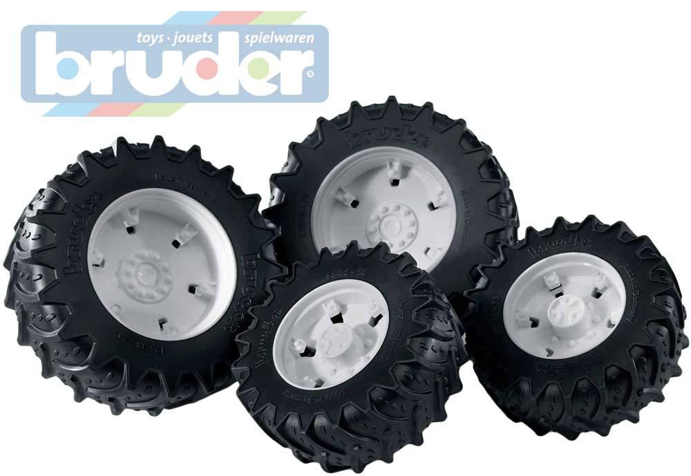 BRUDER 03317 (3317) Kola přídavná na traktory serie 30xx, stříbrná