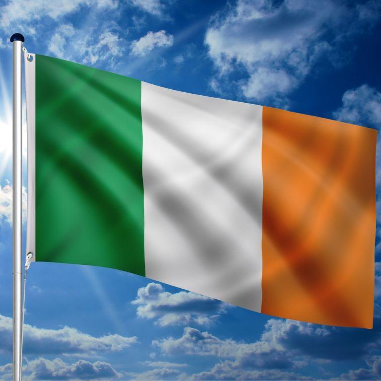 vlajkovy-stozar-vc-vlajky-irsko-650-cm