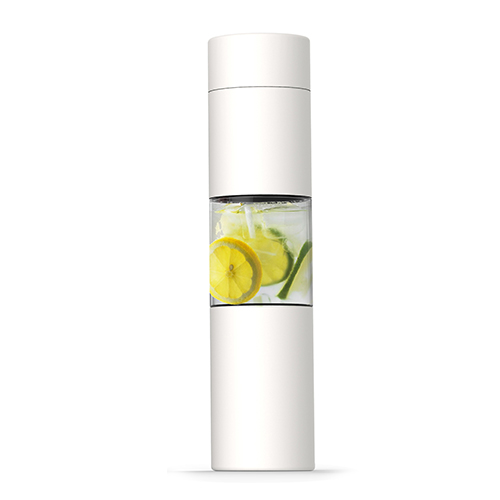 Elegantní bílá láhev s infusérem 460ml